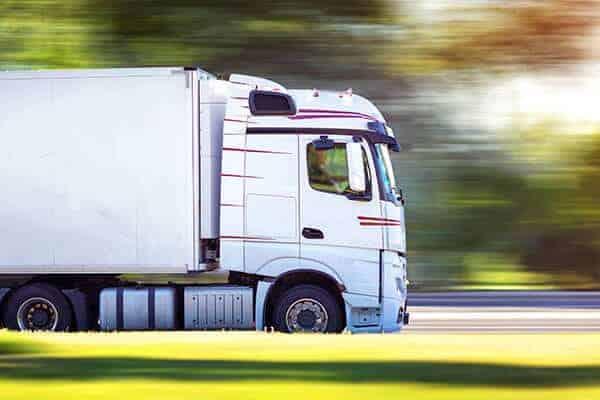 LKW bei einem Spezialtransport